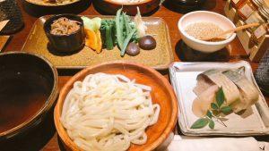 京都・四条河原町「おめん」おめんと鯖寿司セット