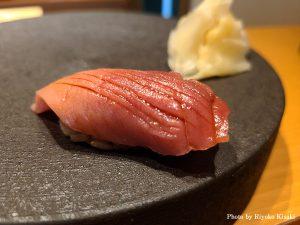 銀座ミシュラン獲得店の江戸前鮨が東京・新宿に。「鮨 栞庵 やましろ」